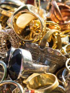 Ringe Goldschmiede der Pfau